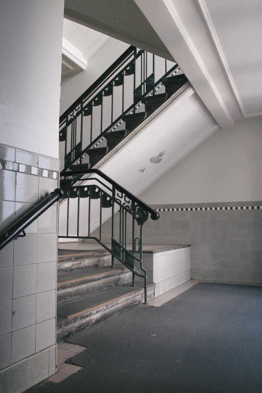 Treppenaufgang zum Museum der Dinge