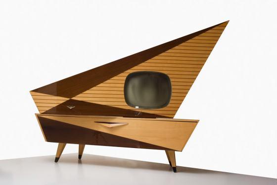 """Fernseh- und Phonokombination """"Komet"""" der Firma Kuba, 1950er Jahre, Sammlung Werkbundarchiv - Museum der Dinge"""